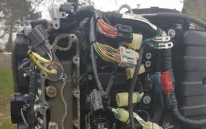 chantier-maintenance-entretien-réparation-dépannage-déplacement-extérieur-moteur-huile-bateau-bassin-arcachon-la-teste-buch-portfolio-galerie-meca-m